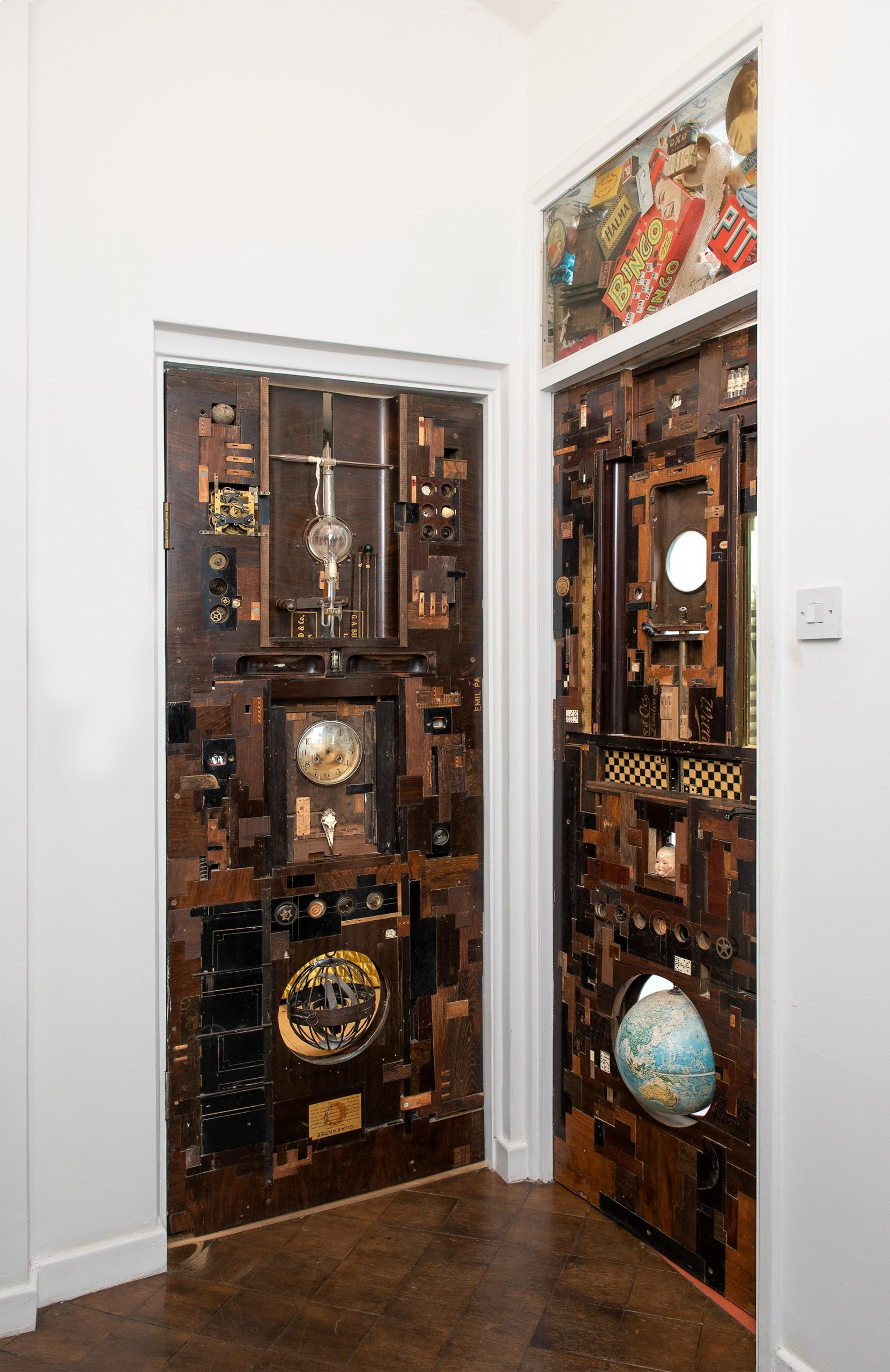 Everyday objects in contemporary art