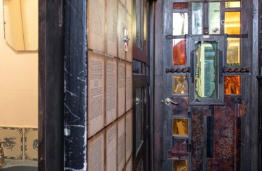 Lesley Hilling's home - Everyday objects in contemporary art
