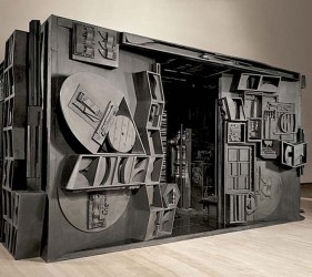 Artists Working With Wood Louise Nevelson